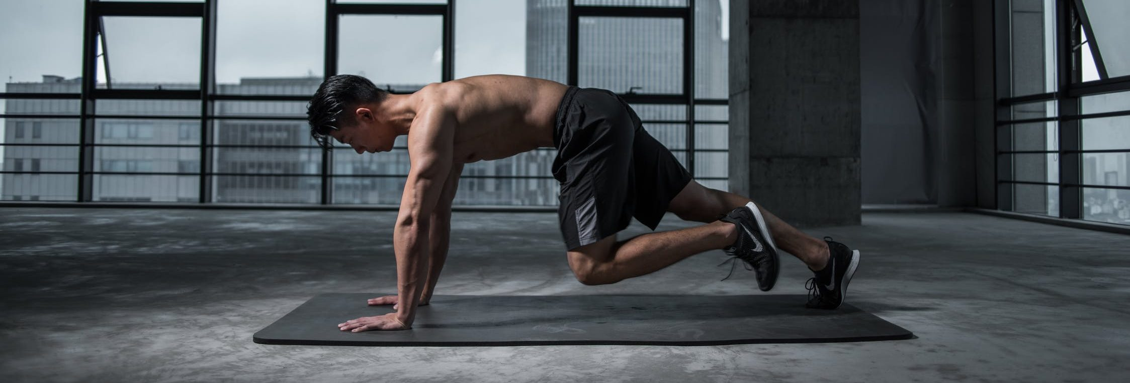 workouts at home, plank